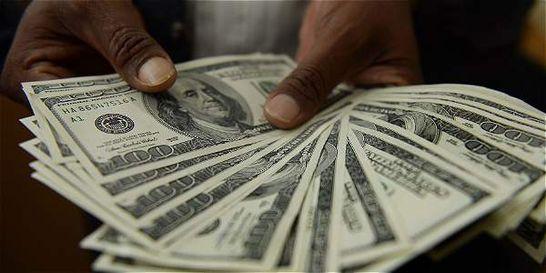 Dólar se negocia en promedio a 3.419,3 pesos