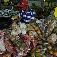 Pese a caída, inflación completa 3 años fuera de la meta del Emisor
