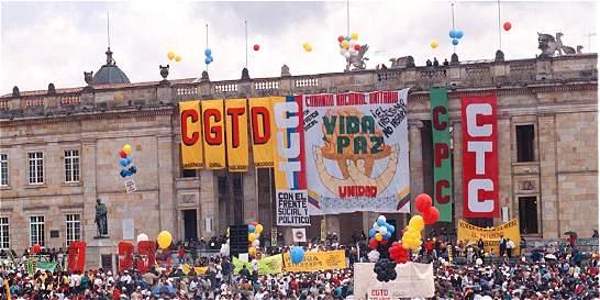 Cruzada sindical en contra de los pactos colectivos
