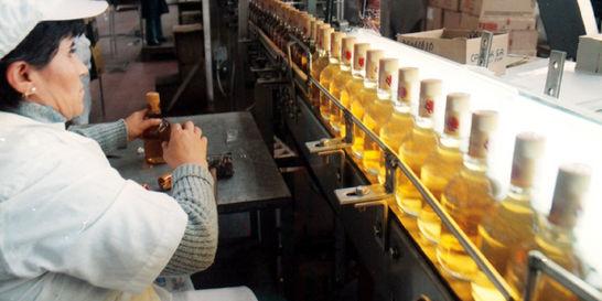 Economía colombiana ya crece al tope, dice Emisor