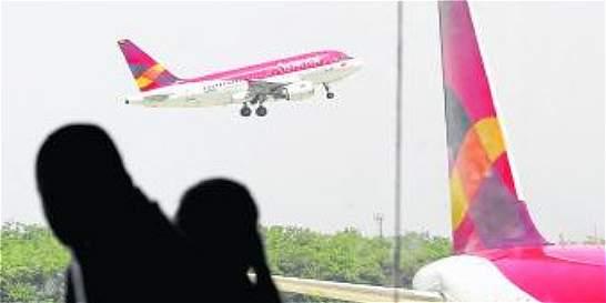 Contratistas de Avianca protestaron en aeropuerto El Dorado