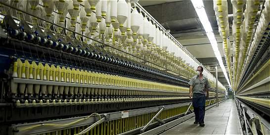 Tras años duros, el sector textil ve con esperanza el 2015