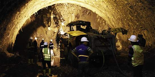 Se reinician las obras del túnel de La Línea