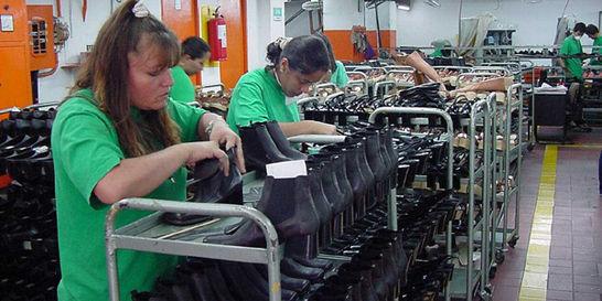 56 de cada 100 mujeres hoy tienen trabajo