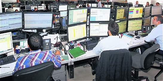 Con más inversión en el exterior, fondos atajan caída de los mercados