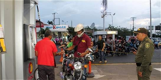 Por cierre de Venezuela, inventarios de gasolina bajan más del 50 %