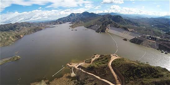 Emgesa apaga la hidroeléctrica El Quimbo
