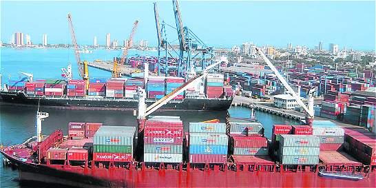 Ecuador levanta aranceles a 129 productos colombianos