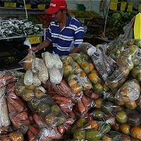 Salario mínimo comenzó el año perdiendo por la inflación