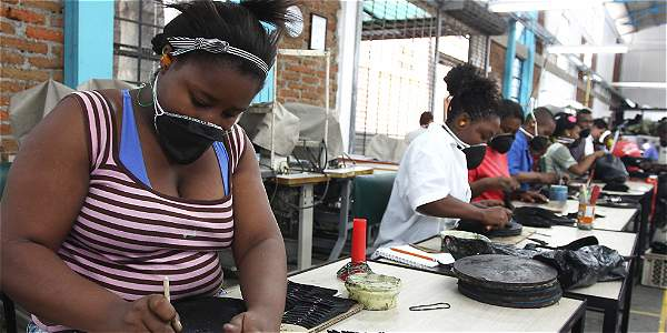 Alistan demanda para que se reajuste el salario mínimo