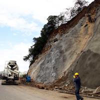 Avanza plan de construcción de vías para interconectar 284 regiones