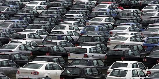 Mintransporte defiende contrato con firma de avalúos de carros