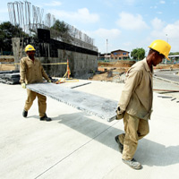 Infraestructura de las regiones se hace a ciegas