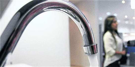Minvivienda anuncia multas por no avisar de derroches de agua