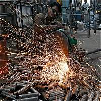 Industria crece fuerte, empujada por Reficar