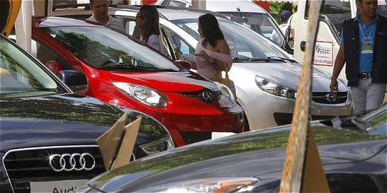 Matrículas de carros nuevos en el país cayeron en marzo 20 %