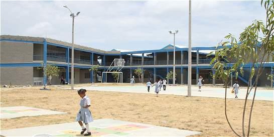 Ciudad Bicentenario, el gran colegio para más de mil estudiantes