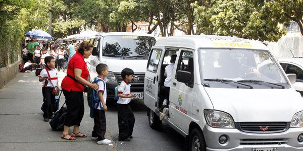 Lanzan la campaña 'Enrutados', que busca disminuir los accidentes de buses escolares y mejorar la calidad de este servicio especial.