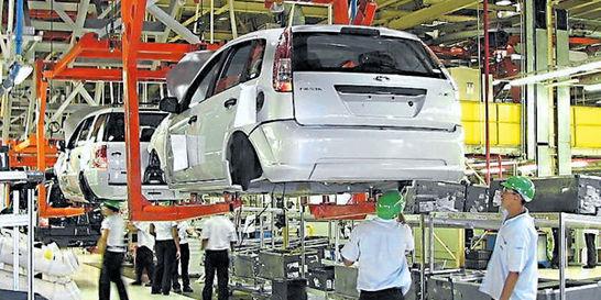 Sector automotor argentino busca traer al país unos 20.000 carros