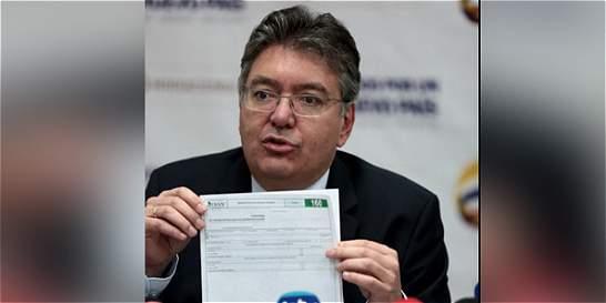 El 65 % de colombianos en 'Papeles de Panamá' no reportó activos: Dian