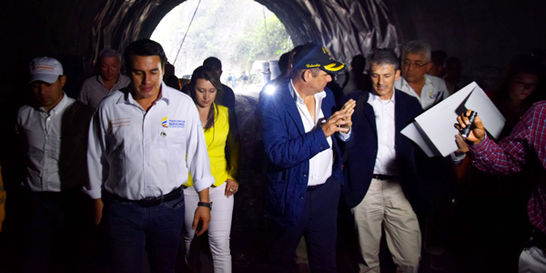 La visita sorpresa del 'Vice' por obras del túnel de La Línea