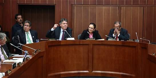 Colombia perdería buena calificación si no hace reforma tributaria