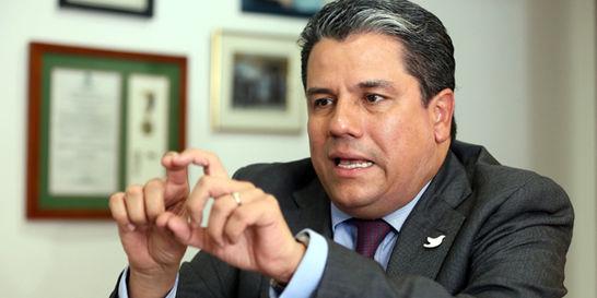 Municipios no podrán vetar zonas de minería: Germán Arce