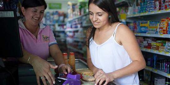 En tiendas de barrio, compras desde $2.000 se podrán pagar con tarjeta