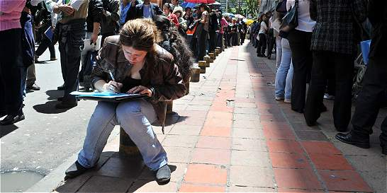 Mujeres del país, con  el desempleo urbano más alto de la región