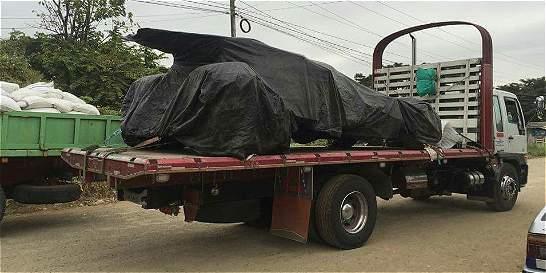 El Batimóvil y otros carros con problemas para entrar a Colombia