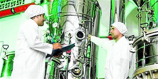 Crecen inversiones del país en el extranjero