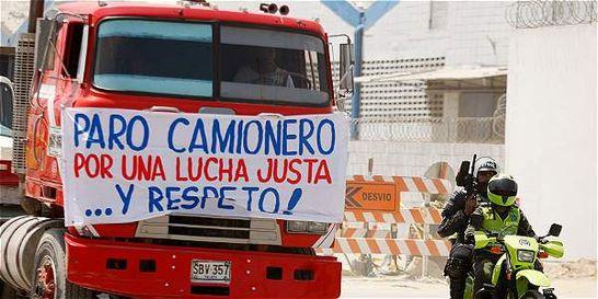 Comerciantes reportan desempeño 'fatal' de ventas por paro camionero