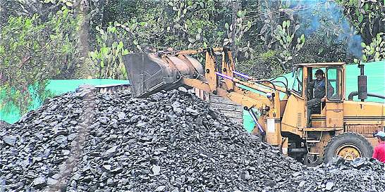 Minas del interior del país salvaron la producción de carbón