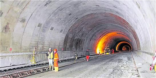 Al ritmo actual, obras del túnel de La Línea no estarán en febrero