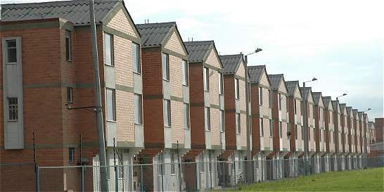 Reforma tributaria afecta producción de vivienda social