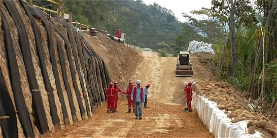 Nuevas inversiones viales por obra pública, a la espera de tributaria