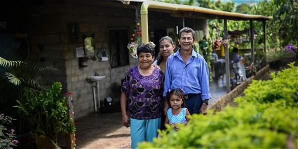 La economía familiar campesina es el eje de las seis líneas que el Ministerio de Agricultura propone para el posconflicto.
