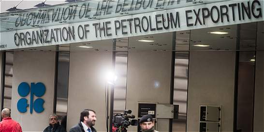 Cuentas claras / El peso de Arabia en el recorte petrolero