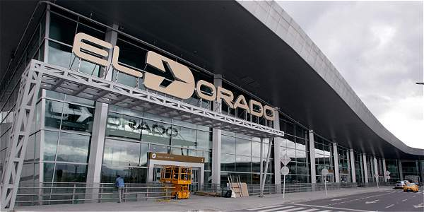 Fallas en el aeropuerto de el dorado archivo digital de for Puerta 6 aeropuerto el dorado