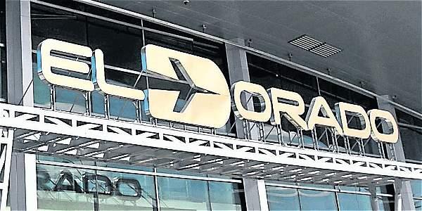 El aeropuerto El Dorado, presentó fallas de comunicación el pasado lunes,