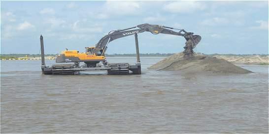 Navelena salvó plan del río y al otro día incumplió con crédito