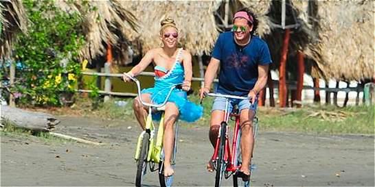 Carlos Vives y Shakira recibieron tres premios Lo nuestro