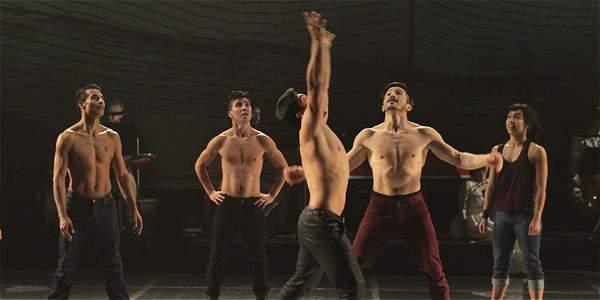 El grupo colombiano La Gata Cirko estrenó su nueva obra en Francia