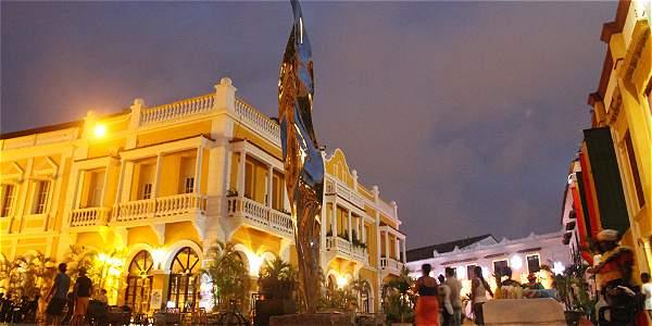 Arte e historia recrean el centro de Cartagena