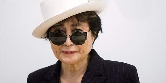 Yoko Ono, hospitalizada en Nueva York con 'fuertes síntomas de gripe'