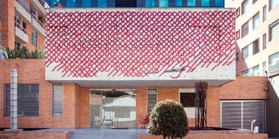 Galería La Cometa abre convocatoria para intervenir su fachada