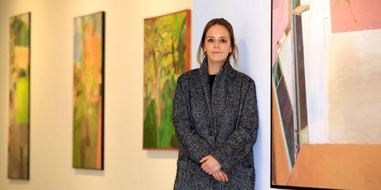 El pincel realista de Verónica Cárdenas cobra vida en su propio taller