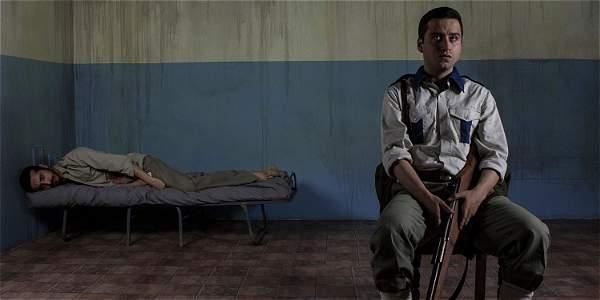 Los actores Erik Rodríguez (izquierda) y Fernando Bocanegra (derecha) son los protagonistas de esta producción del grupo Exilia2.