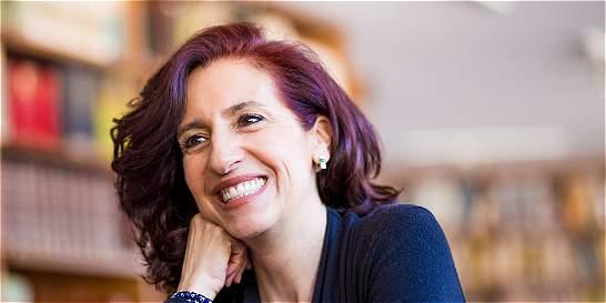 La artista colombiana Claudia Hakim recibió Premio Montblanc