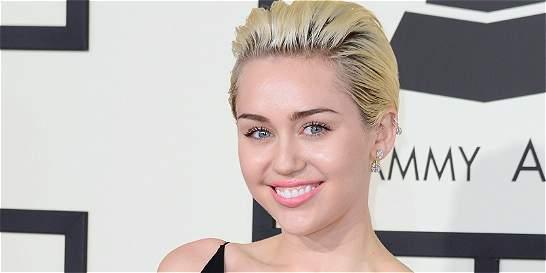 Miley Cyrus participa en festival de cine porno de Nueva York